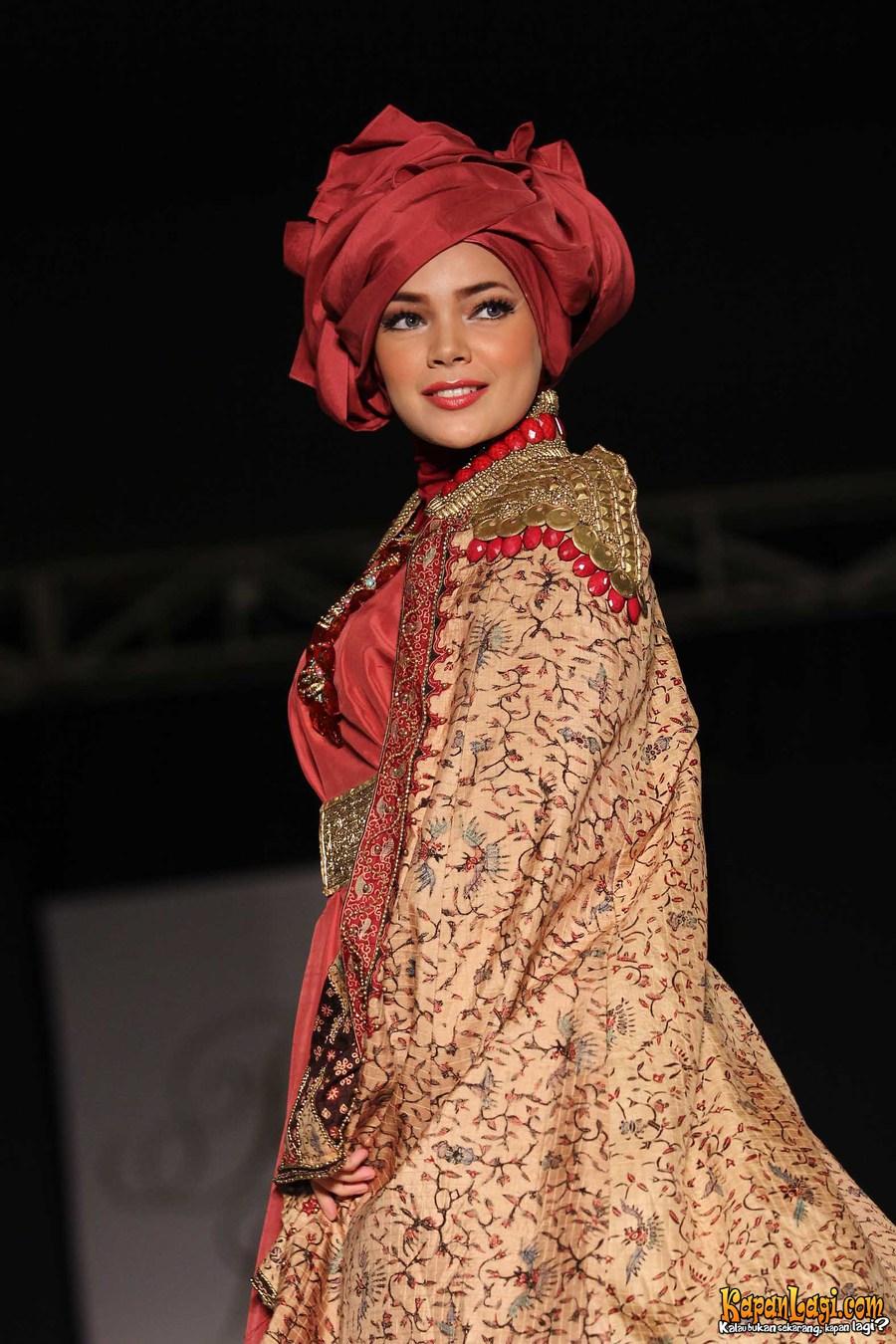 10 Hijab Cantik Ala Dewi Sandra Killick Tutorial Pashmina By