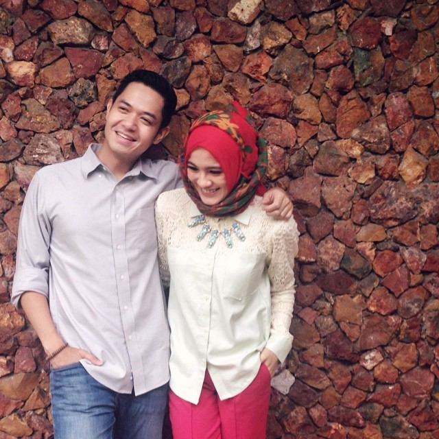 Hijab Ala Alyssa Soebandono Pasca Menikah   Tutorial Pashmina by Anita ...