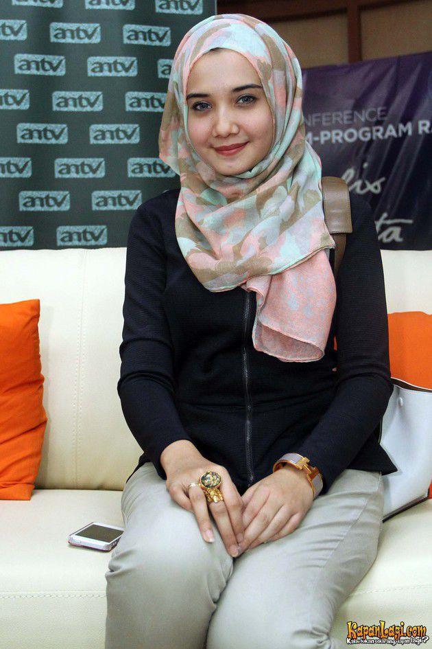 Gaya Hijab Ala Zaskia Sungkar Tutorial Pashmina By Anita